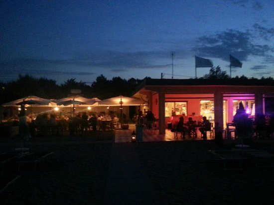 Punta Marina Terme, Italia: Serate e Party