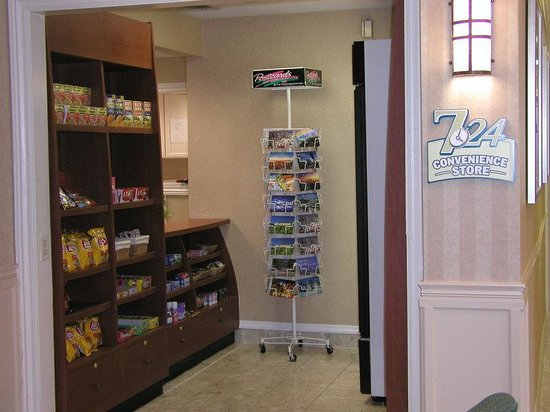 Staybridge Suites Torrance: Gift Shop
