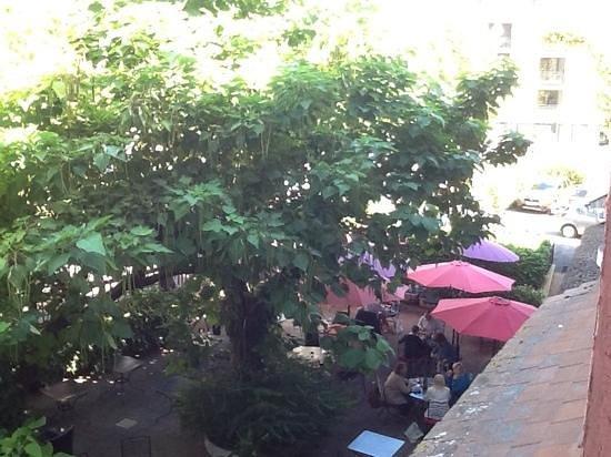 Truffe Noire: terrace bar