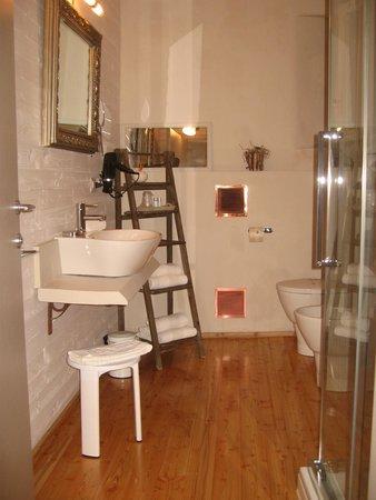 bagno - Foto di B&B Sant\'Agostino, Mondovi - TripAdvisor