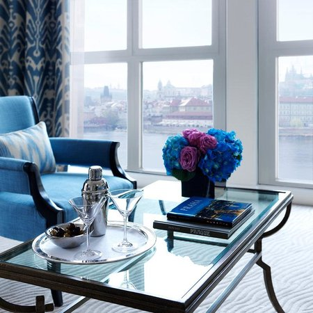 Four Seasons Hotel Prague: PRG Suite