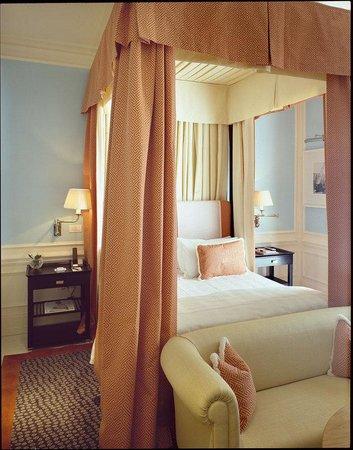 J.K. Place Capri: JK Classic Room