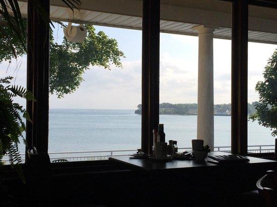 Niagara-on-the-Lake Golf Club: vista sul lago facendo colazione