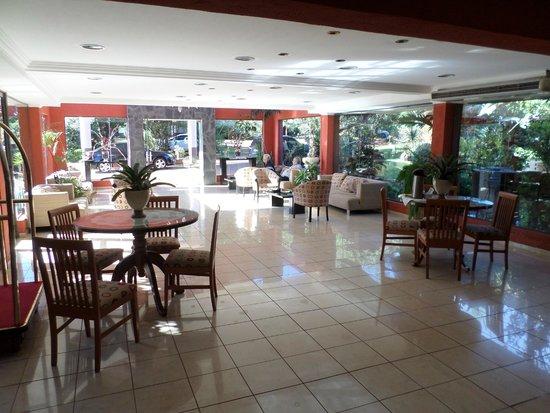 Orquideas Hotel & Cabanas : Hall