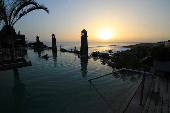 Playa Calera : Sunset seen from rooftop pool