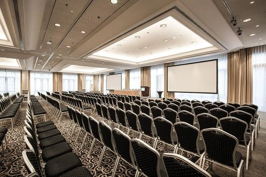 Holiday Inn Munich - City Centre: Conference Room
