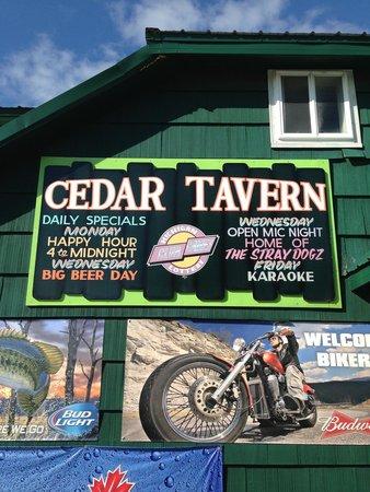 Cedar Tavern: Daily specials