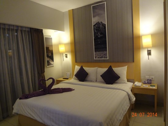 Quest Hotel Kuta: Room