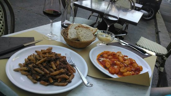 Masticabrodo : Penne with chiantigiarde sauce on the left. Gnochi on the right.