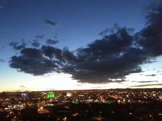 Embassy Suites by Hilton Albuquerque - Hotel & Spa : A wonderful view from the 9th floor while sitting outside on the balcolny (Aug 2014)