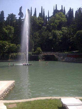 Parco Termale del Garda: Lake with cave in background