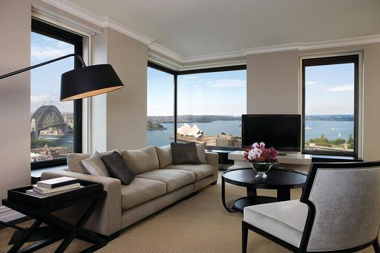 Four Seasons Hotel Sydney: Presidential Suite - lounge room