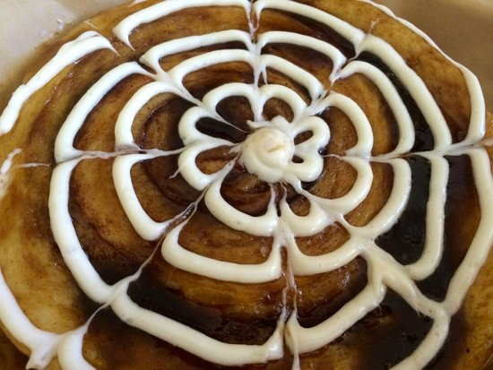 Island Lava Java: Lunch Plate Sized Cinnamon Roll
