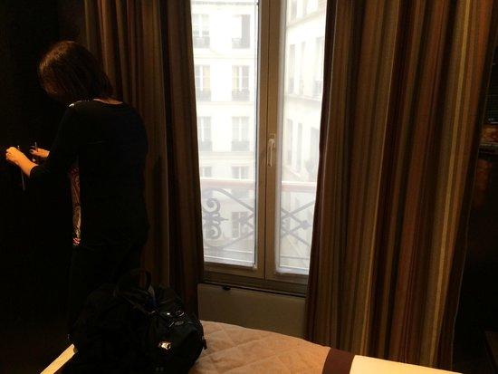 Eden Hotel Opéra: Vista do quarto