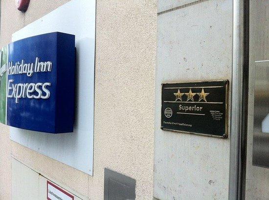 Holiday Inn Express Berlin City Centre: 3 Star superior Hotel