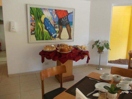 Pousada Joao Fernandes: parte del desayuno