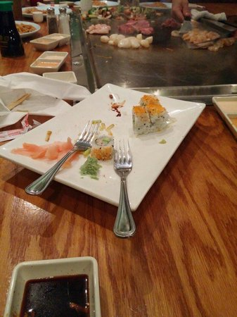 Sho Gun Japanese Bar & Grill: Sushi was delicious!!!!