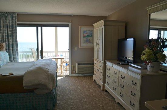 Sandbars on Cape Cod Bay : Room #12