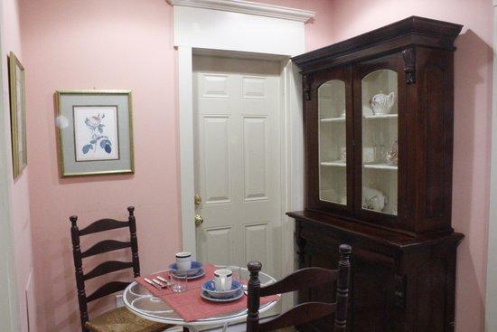 Philadelphia Bella Vista Bed and Breakfast: Kitchen