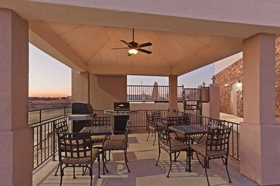 Candlewood Suites Fort Stockton : Exterior Feature