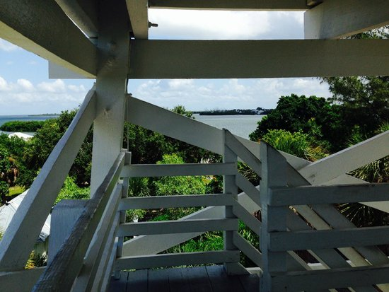 Cabbage Key Inn: view from top of water tower