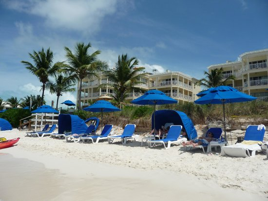 Windsong Resort: Beach View