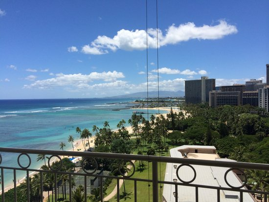 Waikiki Shore: バルコニーからの眺めです
