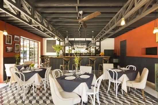 Villa San Ignacio: Pandora Restaurant