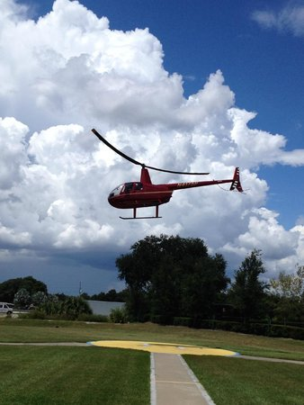 Air Florida Helicopter Inc.: Watching a takeoff