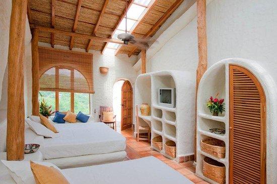 Pelican Eyes Resort & Spa: Double Standard Room NQ