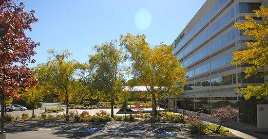 Holiday Inn Express Boise University Area: Holiday Inn Express Boise Downtown Scenery / Landscape