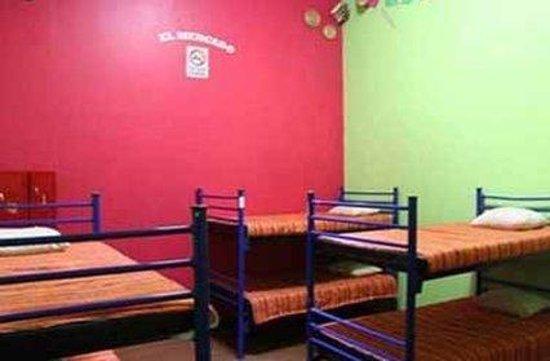 Hostel Amigo: 6 Bedroom Dorm