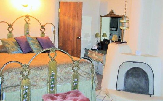 The Historic Taos Inn: Room 201