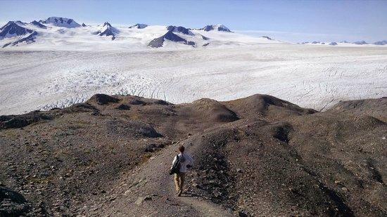 Harding Ice Field Trail: Finally approaching the ice field!