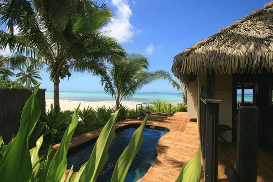 Sea Change Villas: Beachfront Pool
