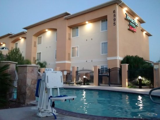 TownePlace Suites Tucson Airport: Pool