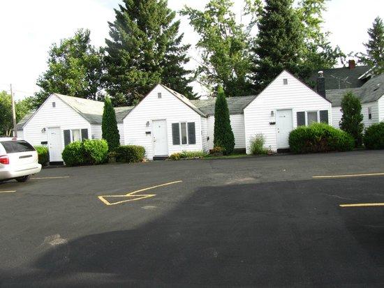 Dairyland Motel: Long term rental cabins