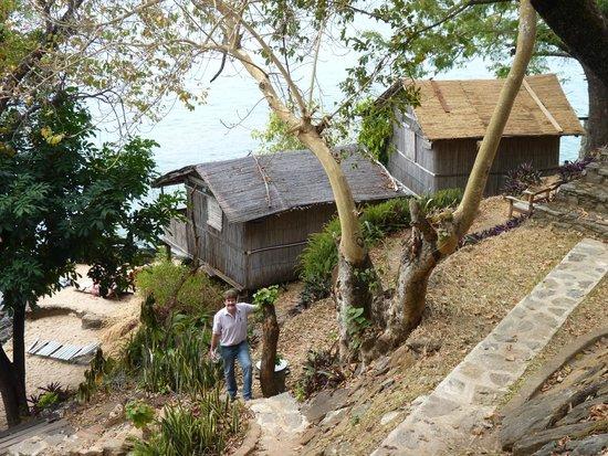 Mayoka Village: Rustic, private shared facilities
