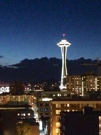 Warwick Seattle: View at night