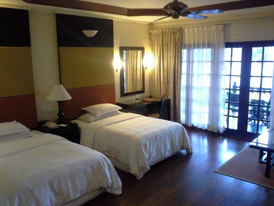 Century Langkawi Beach Resort: Большой номер в бунгало