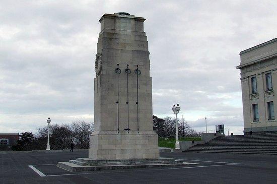 Auckland Museum: xenotaph