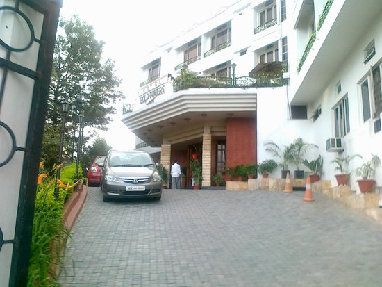 Hotel Polo Towers: The entrance