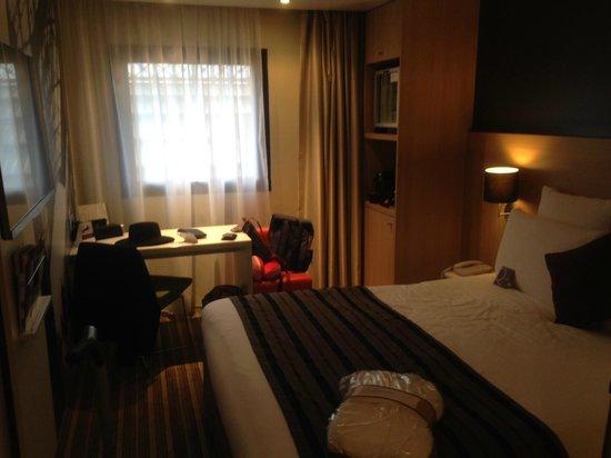 Mercure Paris Gare de Lyon TGV: Room