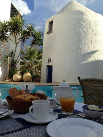 Hotel Fotilia: Breakfast session - great kick off for a relaxing day