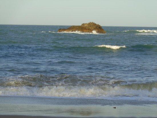 Smugglers on the Beach: beach