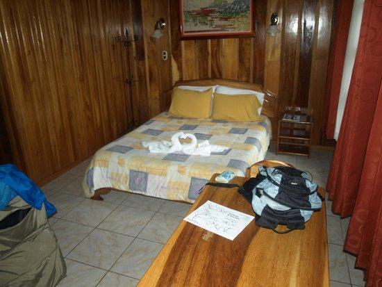 Hotel Las Orquideas: Room