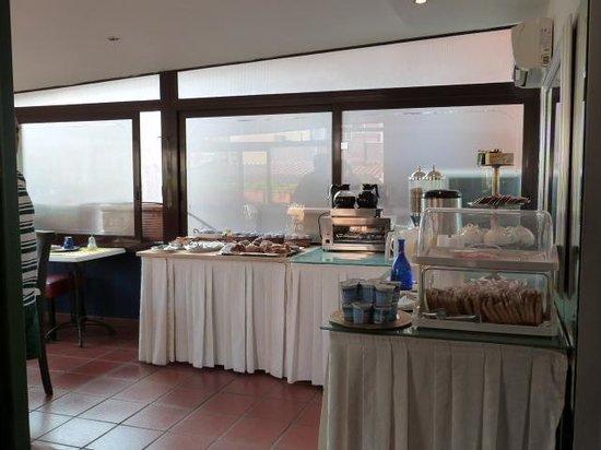 Hotel Canova: canova petit dèj
