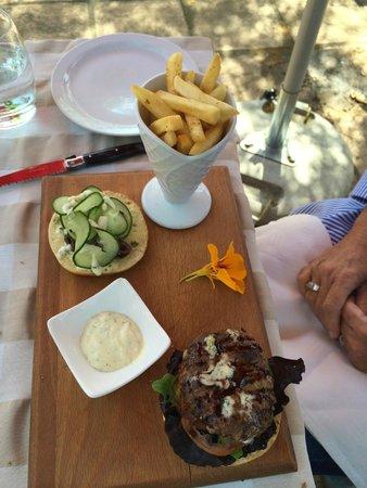 Marc's Mediterrean Cuisine & Garden: Gourmet Burger