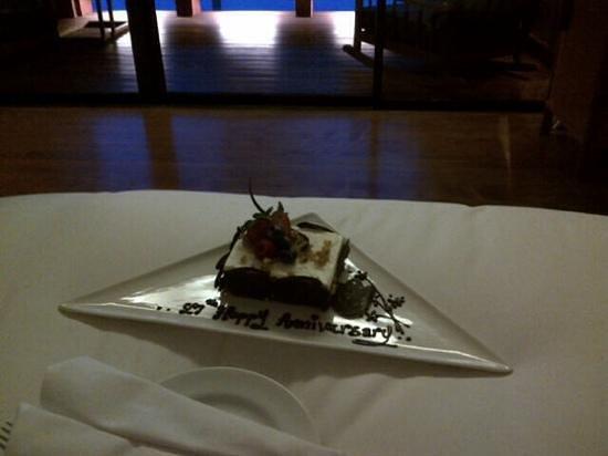 Hansar Samui Resort : It's our anniversary....