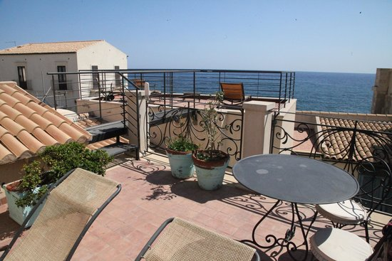 Algila Ortigia Charme Hotel : Terrazzo